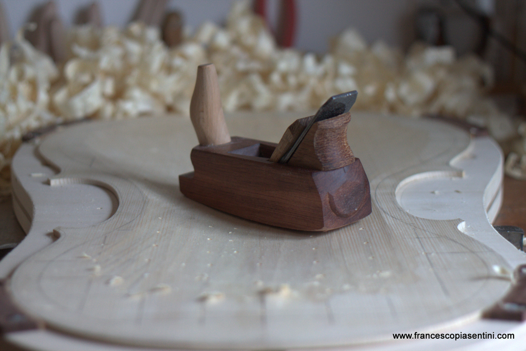Wooden Plane for rough carving of a Cello top - Piasentini Violin Maker - Padova
