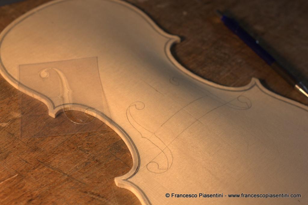 fasi della lavorazione violino Francesco Piasentini modello Matteo Goffriller 1700